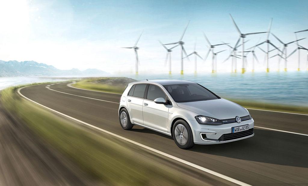 Verkauf des 1. VW eGolfs